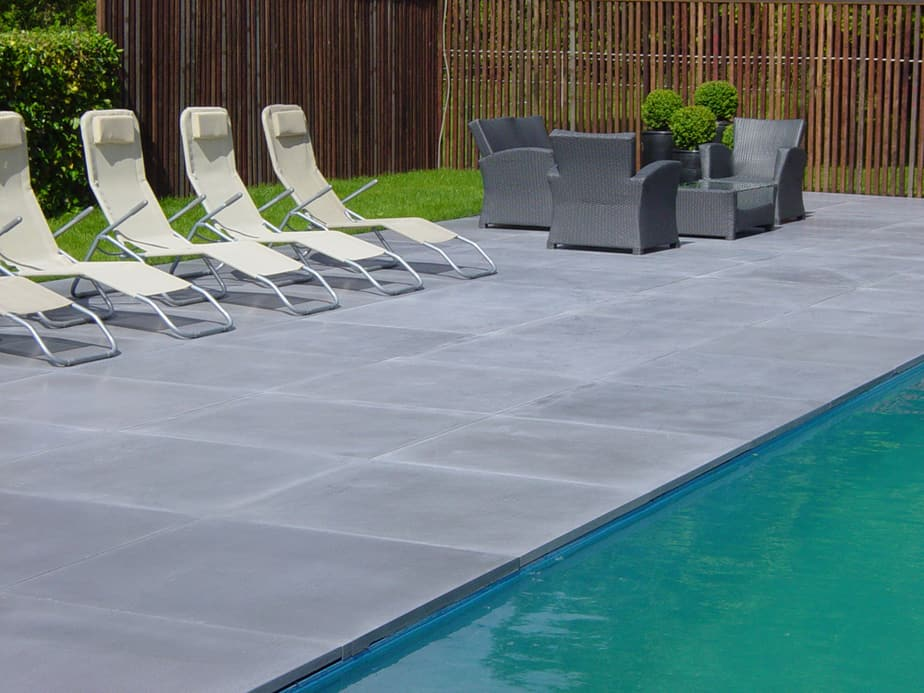 Terrastegels terras aanleggen - Ontwikkeling rond het zwembad ...